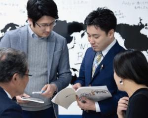 不動産オーナー経営学院REIBS講師、横山篤司、石黒修己、生徒さんたち